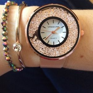 Loose crystal rose gold watch